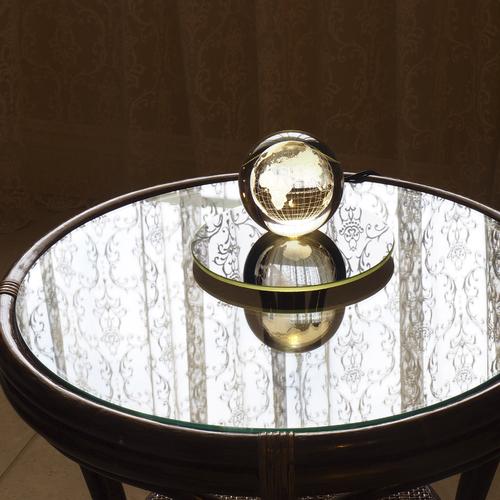 """Дизайнерский светильник """"Глобус"""""""